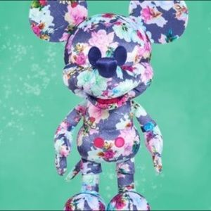 Disney Year of The Mouse Collector LE Pre-Order